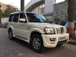 Mahindra Scorpio VLX 4WD Airbag AT BS IV (2013) in Mumbai