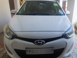 Hyundai i20 Sportz 1.4 CRDI (2012) in Gurdaspur