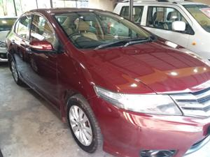 Honda City 1.5 V MT Sunroof (2013) in Siliguri