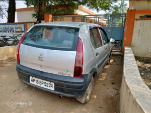 Tata Indica DLS (2010) in Eluru