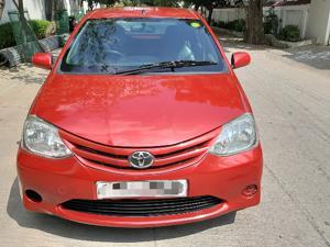 Toyota Etios Liva GD (2011)