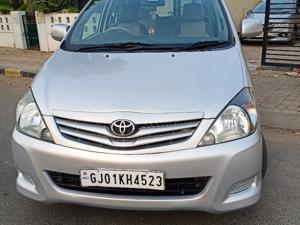 Toyota Innova 2.5 G4 8 STR (2011) in Ahmedabad