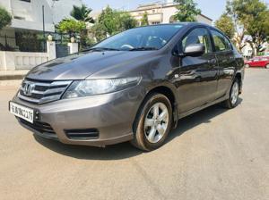 Honda City 1.5 V AT (2013) in Ahmedabad
