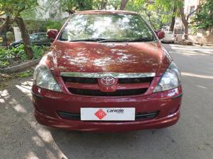 Toyota Innova 2.5 G4 8 STR (2011)