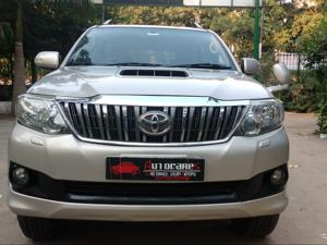 Toyota Fortuner 4x2 AT (2012) in Gurgaon
