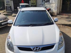 Hyundai i20 Sportz 1.2 BS IV (2010)