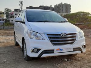 Toyota Innova 2.5 VX (Diesel) 8 STR Euro3 (2014) in Nashik