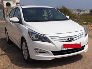 Hyundai Verna 1.6 VTVT SX AT (2016)