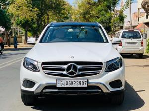 Mercedes Benz GLC 220 d (2016)