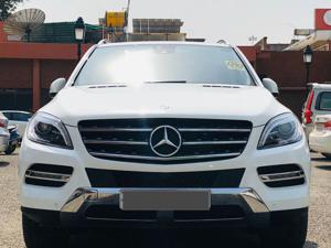 Mercedes Benz M Class ML 350 CDI 4MATIC (2015)