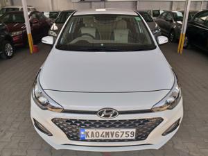 Hyundai Elite i20 Asta 1.2 (O) CVT (2018)