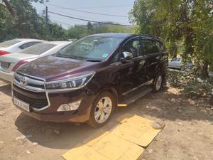Toyota Innova Crysta 2.8 ZX AT 7 Str (2016) in Gurgaon