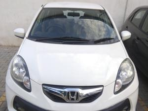 Honda Brio V MT (2013) in Bangalore