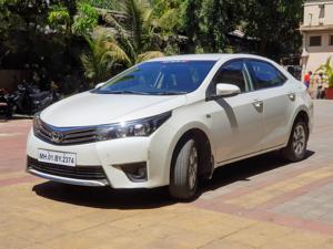 Toyota Corolla Altis 1.8G (2015)