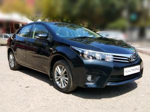Toyota Corolla Altis 1.8V L (2015)