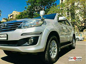 Toyota Fortuner 3.0 4X2 AT (2013)