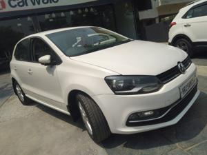 Volkswagen Polo Highline1.2L (P) (2016) in Faridabad