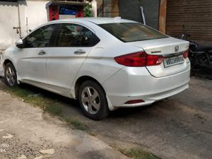Honda City 1.5 V MT (2015)