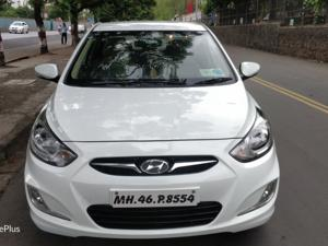 Hyundai Verna Fluidic 1.6 VTVT SX (2012)