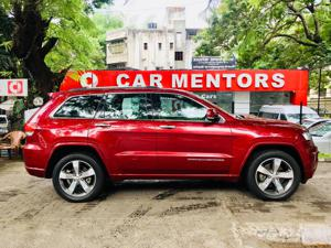 Jeep Grand Cherokee Summit (2016) in Pune