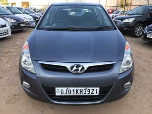 Hyundai i20 Asta 1.4 (AT) (2011) in Ahmedabad