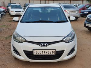Hyundai i20 Magna 1.4 CRDI 6 Speed (2012) in Ahmedabad