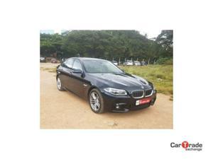 BMW 5 Series 530d Sedan M Sport (2014)