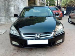 Honda Accord 2.4 VTi L MT (2006)