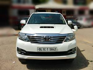 Toyota Fortuner 4x2 AT (2015) in Ghaziabad