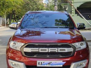 Ford Endeavour Titanium 3.2 4x4 AT (2015)