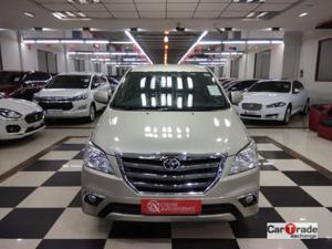 Toyota Innova 2.5 VX (Diesel) 7 STR Euro4 (2016)