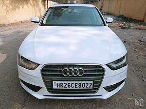 Audi A4 2.0 TDI Premium+