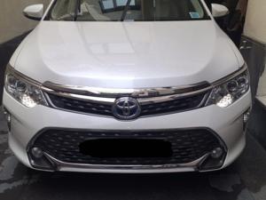 Toyota Camry Hybrid (2016) in New Delhi