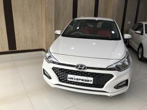 Hyundai Elite i20 Asta 1.2 AT (2018)