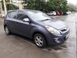 Hyundai i20 Asta Petrol (2011)