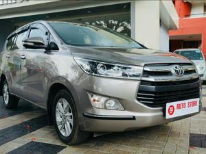 Toyota Innova Crysta 2.4 VX 8 Str (2016) in Nashik