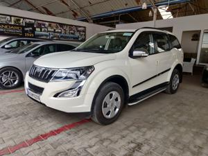 Mahindra XUV500 W6 FWD AT (2016) in Bangalore