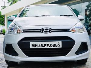 Hyundai Grand i10 Magna 1.1 U2 CRDi Diesel (2015) in Nashik