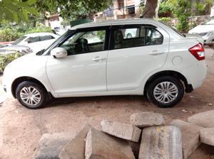 Maruti Suzuki Swift Dzire VDi (2013) in New Delhi