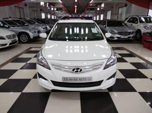 Hyundai Verna Fluidic 1.6 VTVT (2015) in Bangalore