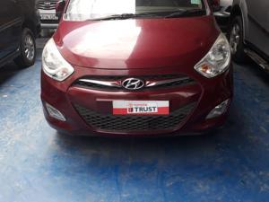 Hyundai i10 Sportz iRDE 2 1.1 (2015)
