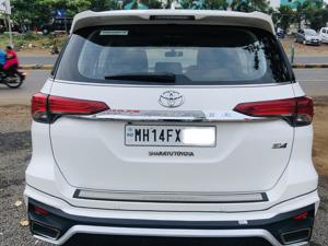 Toyota Fortuner 2.8 4x4 AT (2017) in Pune