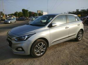 Hyundai Elite i20 Asta 1.2 (O) CVT (2019) in Ahmedabad