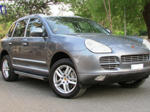 Porsche Cayenne Turbo S (2005) in Ahmedabad