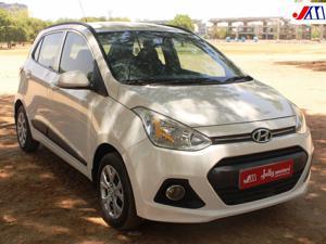 Hyundai Grand i10 Sportz 1.2 VTVT Kappa Petrol (2015) in Ahmedabad