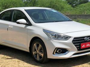 Hyundai Verna Fluidic 1.6 VTVT SX (2017)