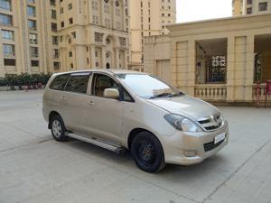 Toyota Innova 2.5 G4 8 STR (2008)