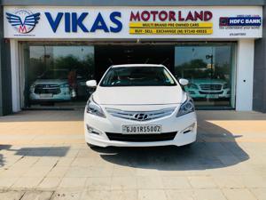 Hyundai Verna 1.6 VTVT SX AT (2016) in Ahmedabad