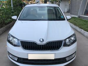 Skoda Rapid Ambition 1.6 MPI MT Plus (2017)