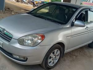 Hyundai Verna VGT CRDi (2008)